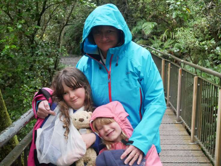 Family travel blog - driving to Milford Sound