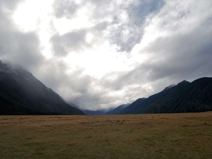 Family travel blog - drive to Milford Sound